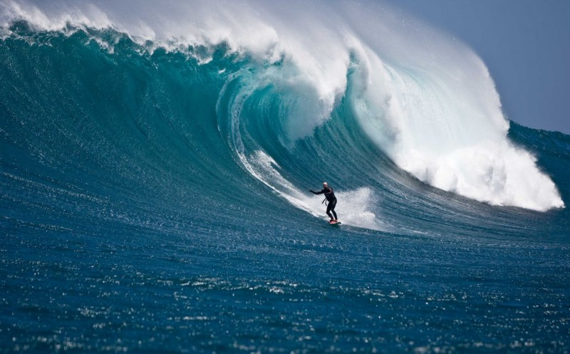 big_wave_surfing_4