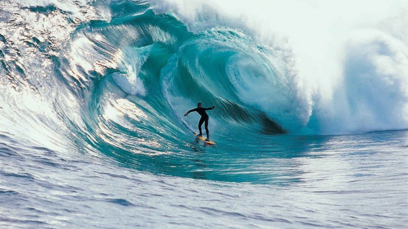 giant-wave